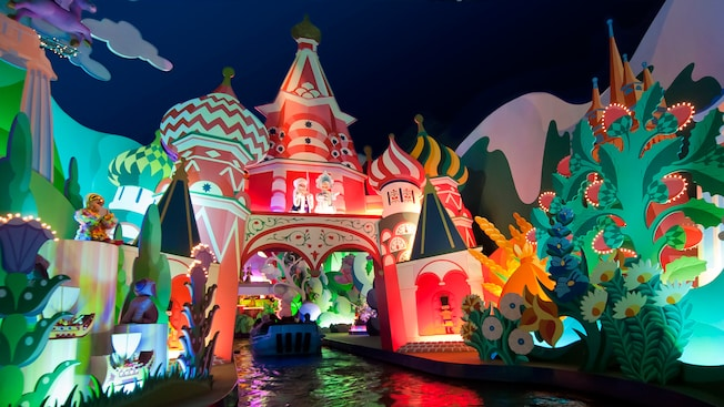 It S A Small World Disneyland Paris Attractions
